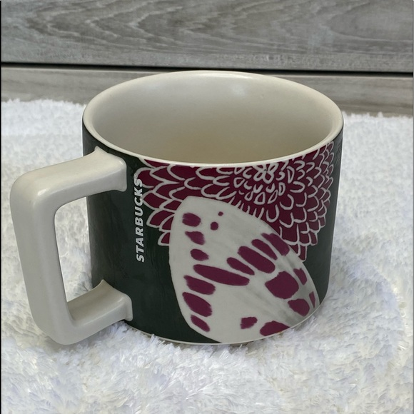 Starbucks Fall Flora 2019 Limited Floral Butterfly
